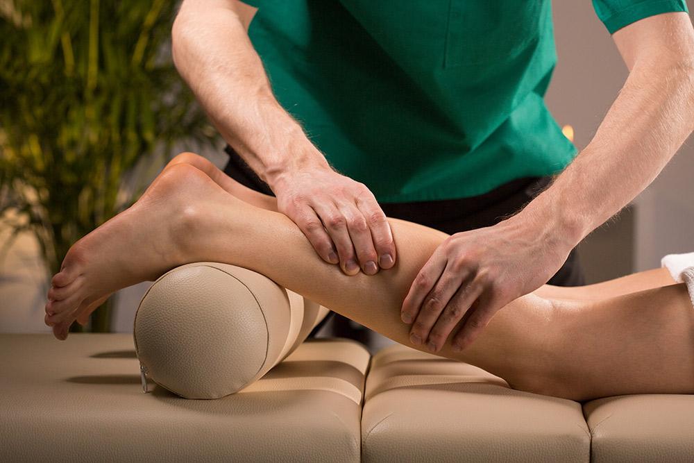 abhyanga-massagem-terapeutica